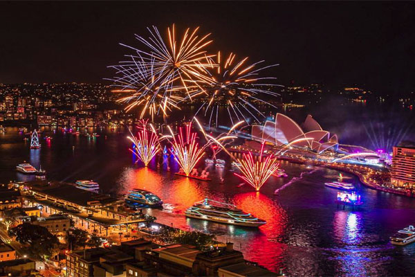 AUSTRALIA DAY CRUISES Sydney boats