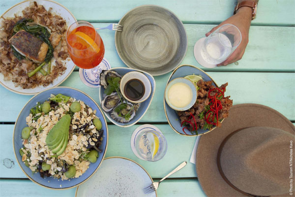 DARWIN GOURMET food lunch dinner tours daily